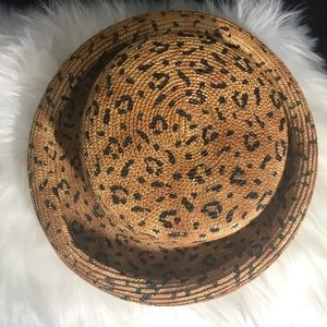 6a197614396 Liz Claiborne Accessories - 90s Liz Claiborne Ladies Straw Hat W Rolled Brim